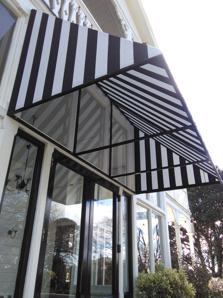 Ormlie fixed frame awning installation by Douglas Hawkes Bay