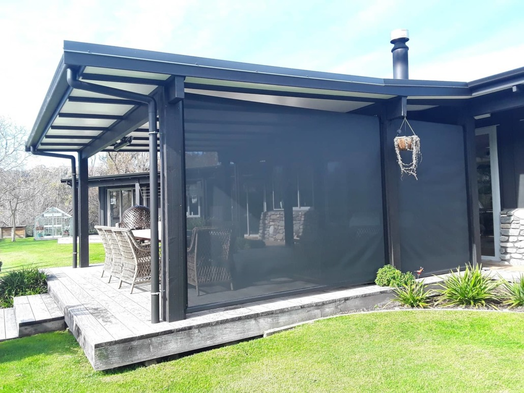 With the outdoor screens down on this Douglas Hawke's Bay Havelock North installation