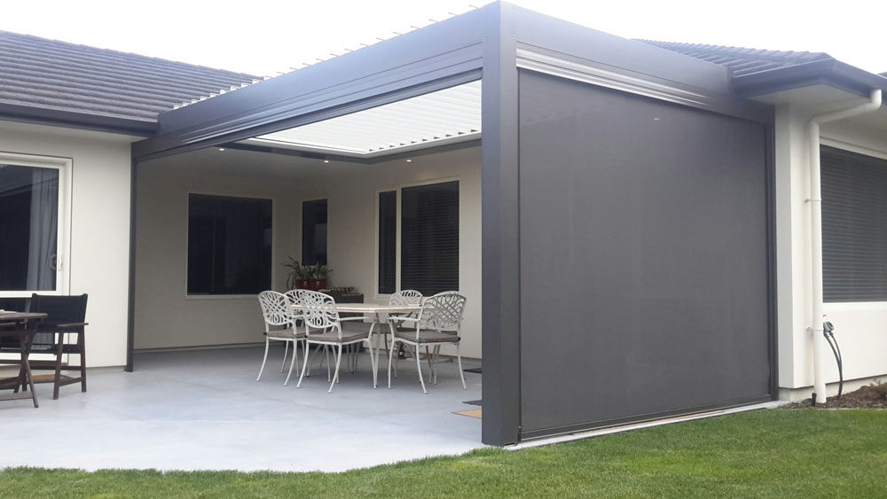 Outdoor Privacy Screen with Louvre Roof by NZ Louvres and Douglas Innovation Hawke's Bay