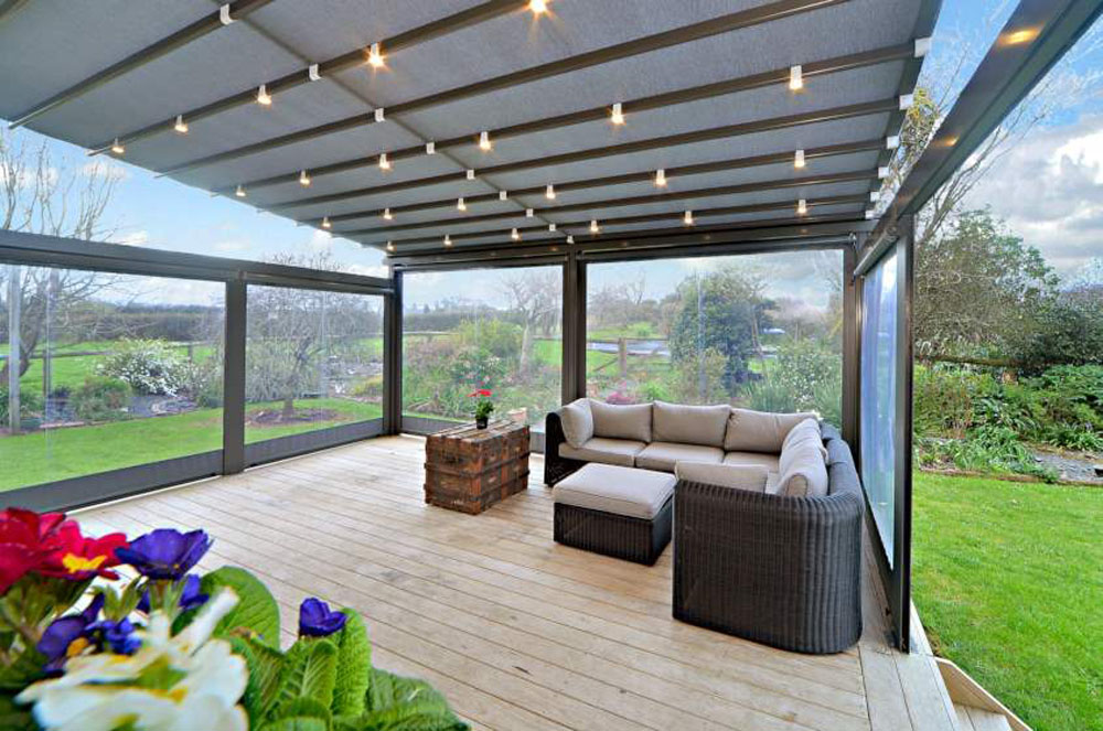 Screens create a completely enclosed deck