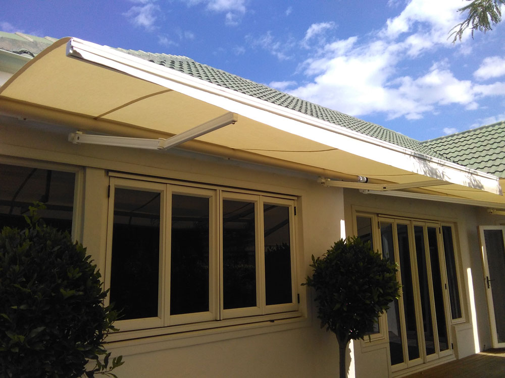 Outdoor Living - Shade Cover - Awnings