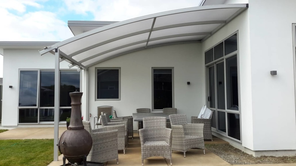 Curved mono pitch roof is also possible with our Alitex Aluminium Pergola Canopy