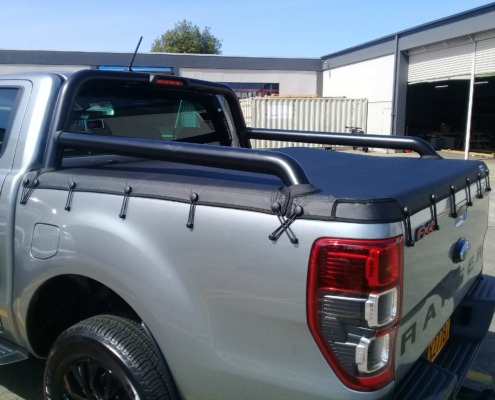 The custom made tonneau cover looks perfect on the 2020 Ford Ranger